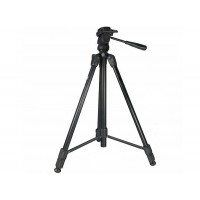 Tall tripod with inbuilt monopod and pan head